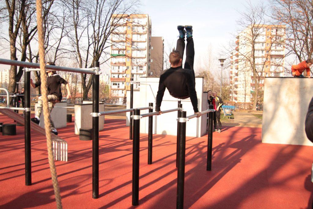 Chorzów ma nowe miejsce do ćwiczeń - street workout park